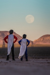 super-kids-supermoon-las-vegas